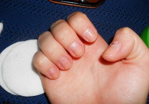 Что нужно знать для правильного отклеивания искусственных ногтей?