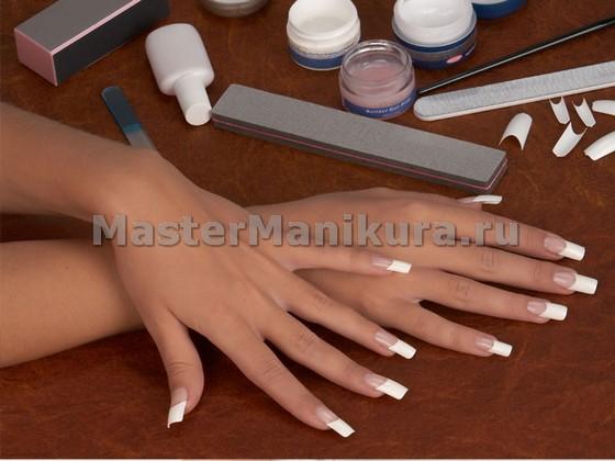 Наращивание ногтей на типсы с использованием гелевой и акриловой технологии