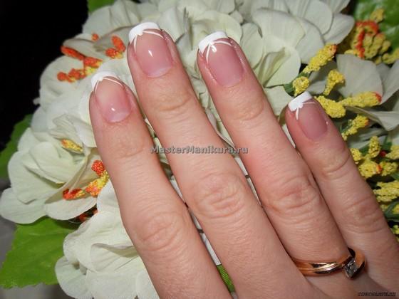 Аккуратный маникюр на коротких ногтях