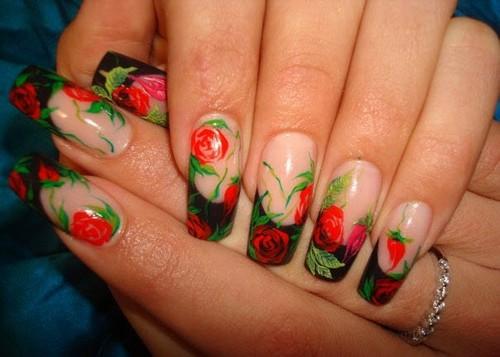 Цветочный узор для ногтей из красных роз