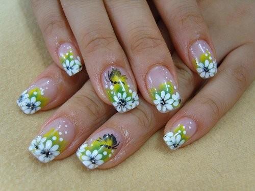 Узор для ногтей в стиле фантазии цветы листья и бабачки