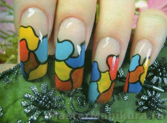 Интересный разноцветный рисунок акриловыми красками