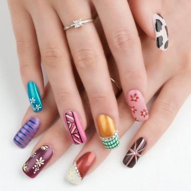 Как делать миниатюрные шедевры на ногтях гелевой ручкой