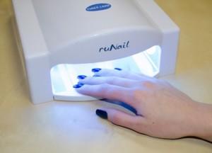 Как быстро высушить лак на ногтях в домашних условиях