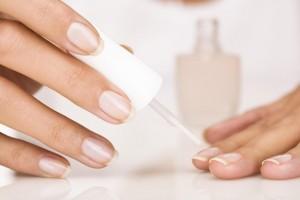 Укрепление натуральных ногтей гелем