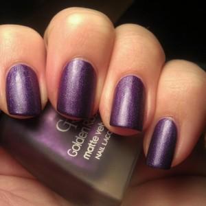 Фиолетовый матовый лак