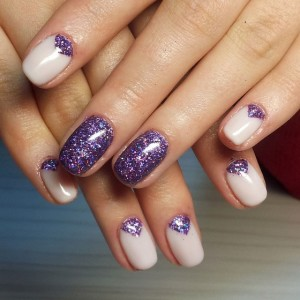 Темносинний дизайн ногтей Шеллак