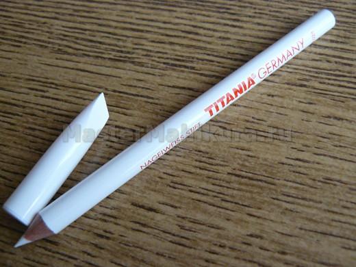 Вот так выглядит карандаш для маникюра