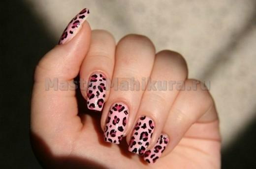 Леопардовый маникюр на пальчиках