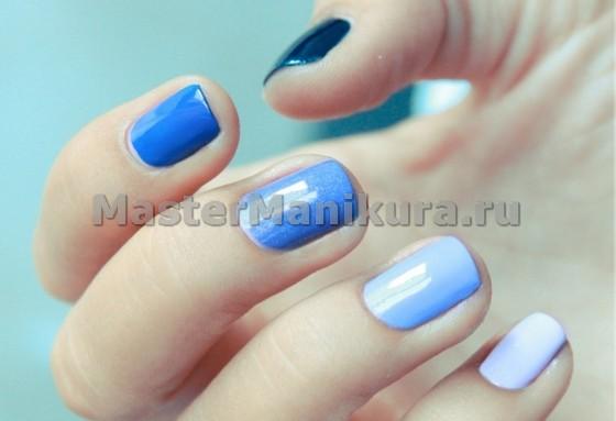 Короткие синие ногти