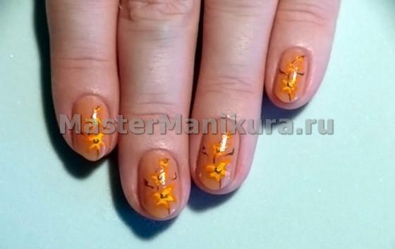 Золотистые рисунки на ногтях
