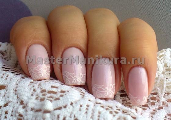 Розовый маникюр для невесты