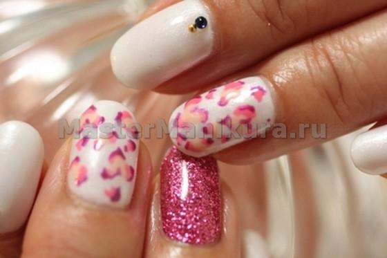 Прекрасная идея для нейл-арта в бело-розовом стиле