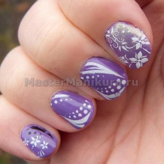 Интересный сиреневый дизайн на ногтях