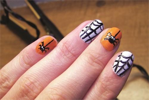 Узор паучка и паутины для ногтей