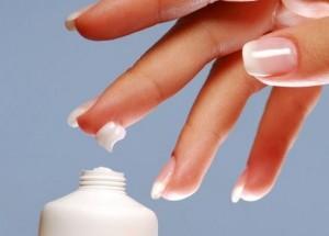 Защита ногтей кремом