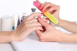 Правильно уход и коррекция ногтей