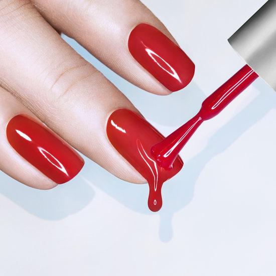 Красим ногти гель-лаком