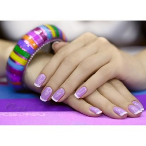 Дизайн ногтей Shellac на модели